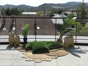 alquiler de terraza en vitoria dentro del hotel jardines de uleta , organizamos tu eventos y te ayudamos en todo lo que necesitas