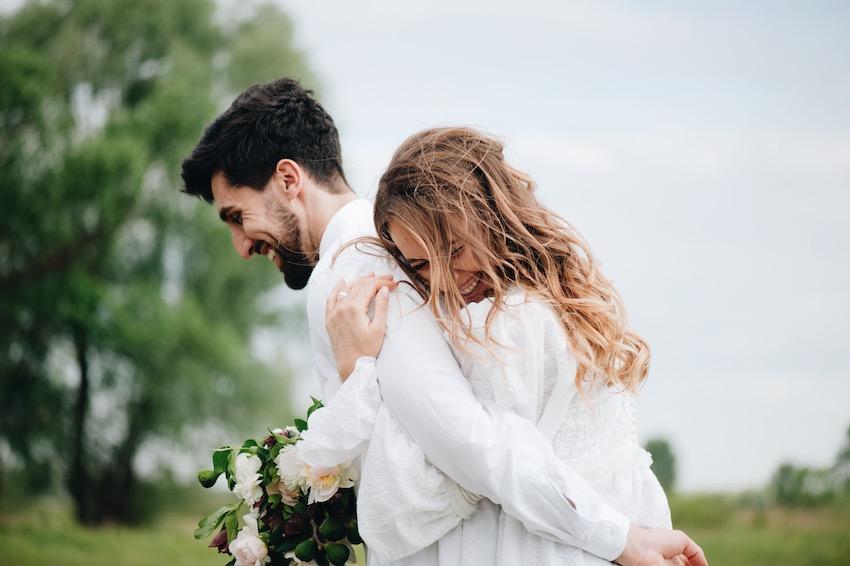 Organizar el día de la boda en Vitoria, en Jardines de Uleta Eventos te ayudamos a ese día tan especial, con las flores, el menú, las invitaciones, baile, orquesta, y hotel para tus invitados.