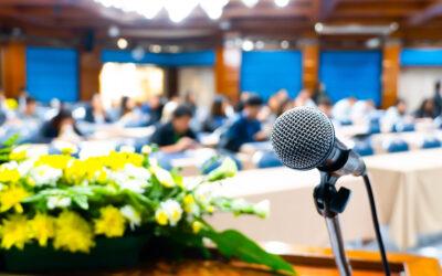 Organiza un pequeño congreso en un hotel de Vitoria